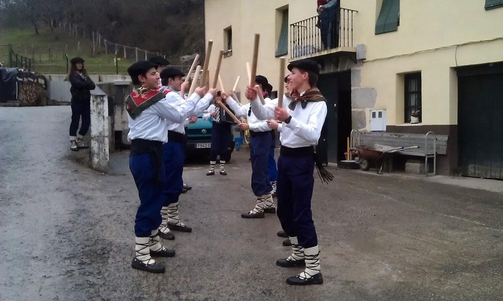 webSYNradio amezketa_talaidantza1000-1 Xabier Erkizia : sons boisés du Pays Basque Podcast Programme